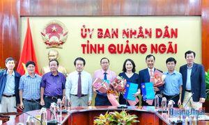 Công bố và trao các Quyết định của UBND tỉnh về công tác cán bộ