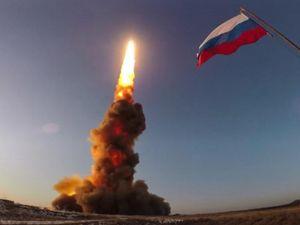 Xem tên lửa Nga bay 10.000 km/giờ diệt mục tiêu cách 450 km