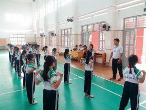 Vai trò truyền lửa của giáo viên thể dục
