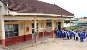 Lâm Đồng: Trường tiểu học xuống cấp đe dọa sự an toàn của trẻ em