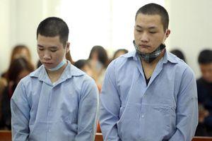 Phạt tù 2 đối tượng đâm gục tài xế xe ôm để cướp tài sản