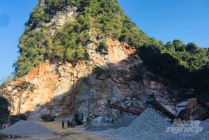 Mỏ đá phá vỡ cảnh quan công viên địa chất