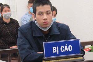Người đàn ông ở Hà Nội bị kẻ tâm thần cầm dao truy sát