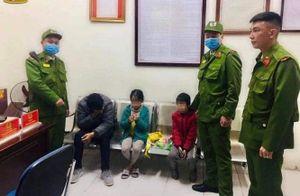 Kịp thời cứu 4 bố con định nhảy cầu Đông Trù