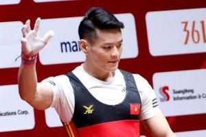 Cử tạ Việt Nam tiếp tục gặp khó tại Olympic
