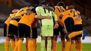 Vòng 13 Premier League: Chelsea lại vấp ngã, Man City hòa như thua