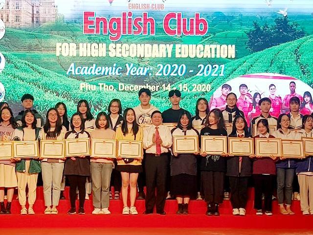 Học sinh Phú Thọ thể hiện năng khiếu tiếng Anh qua các loại hình nghệ thuật