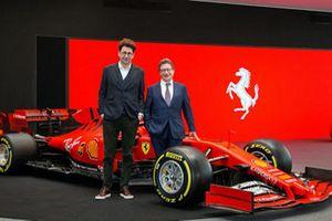 CEO của hãng siêu xe Ferrari từ chức sau khi nhiễm Covid-19