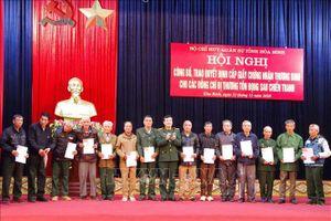 Trao giấy chứng nhận thương binh cho 53 cựu quân nhân