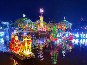 Tưng bừng đón Giáng sinh ở Nhà thờ chính tòa Phát Diệm