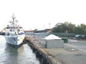 Hình ảnh tàu Hải quân Ấn Độ INS Kiltan tại Cảng Nhà Rồng