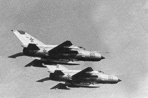 Tại sao MiG-21 được đặt danh hiệu 'AK-47' trong làng tiêm kích?
