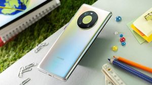 Huawei Mate 40E lần đầu lộ diện