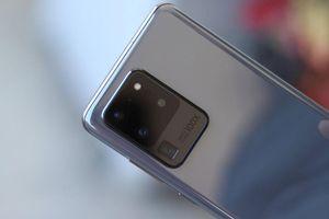 Samsung Galaxy S20 Ultra giảm giá 8,6 triệu đồng dịp đầu năm mới