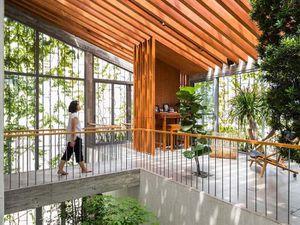 Ngôi nhà như 'khu rừng nhiệt đới' ở Sài Gòn thắng giải tại DFA Awards 2020