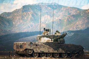 Xe tăng Ấn Độ - Trung Quốc tiếp tục 'giao tranh trên giấy'