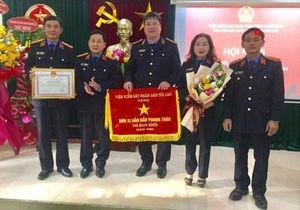 VKSND thành phố Huế - Đơn vị dẫn đầu phong trào thi đua tiếp tục phấn đấu tổ chức thực hiện vượt chỉ tiêu nghiệp vụ