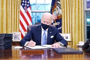 Ông Biden bắt đầu hiện thực hóa cam kết