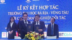 Trường Đại học Bà Rịa – Vũng Tàu thuộc top 10 trường tư thục hàng đầu Việt Nam