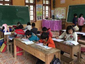 Chuyện học ở Phiêng Lằm