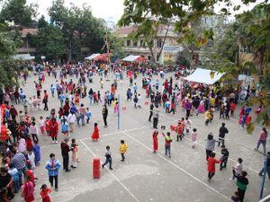 Học sinh vùng cao Điện Biên tưng bừng trong 'Lễ hội mùa Xuân'