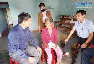 Phó Bí thư Thường trực Tỉnh ủy Đặng Ngọc Huy: Thăm, chúc Tết gia đình chính sách và hộ nghèo