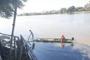 Tái diễn nạn dùng điện kích cá trên kênh, sông ở TP.HCM