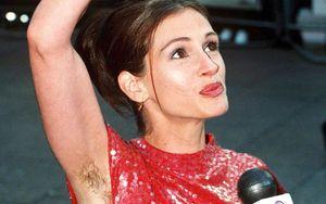 12 lần sao Hollywood muốn 'độn thổ' trên thảm đỏ vì lỗi thời trang