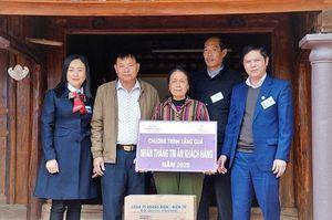 Công ty Điện lực Thanh Hóa thăm, tặng quà Mẹ Việt Nam Anh hùng và gia đình chính sách