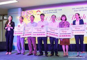 Các nhà đầu tư và đối tác của Tập đoàn Thiên Thanh: Trao 3.100 suất quà để người nghèo vui Tết