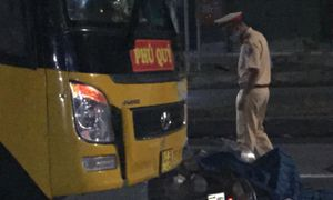 Tai nạn giao thông mới nhất hôm nay 9/2: Xe máy đấu đầu xe khách, nam tài xế tử vong tại chỗ