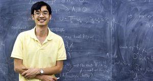 Người có IQ cao hơn thiên tài Einstein giờ ra sao?