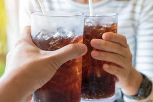 Thói quen gây hại dạ dày nghiêm trọng mà bạn không biết