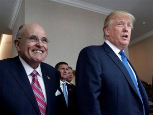 Luật sư Giuliani không còn đại diện cho ông Trump