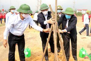 Bí thư Tỉnh ủy Hà Tĩnh tham gia trồng cây tại TX Kỳ Anh