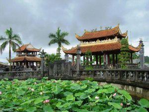 Khôi phục, lưu giữ các giá trị văn hóa truyền thống