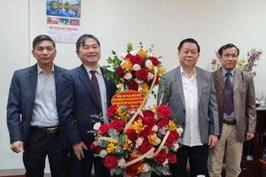Chủ tịch VUSTA Phan Xuân Dũng thăm, chúc mừng tân Trưởng ban Tuyên giáo Trung Ương