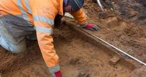 Xây nhà, tìm thấy 'kho báu thợ săn' 9.000 năm tuổi