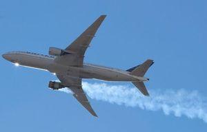 Boeing tạm dừng hoạt động máy bay dòng 777
