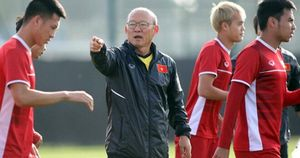 HLV Park Hang-seo khiến các đối thủ ở vòng loại World Cup ngỡ ngàng