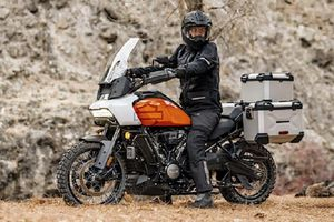 'Xế phượt' Harley-Davidson Pan America 2021 từ hơn 400 triệu đồng