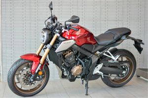 Honda CB650R đời 2021 về đại lý - nhiều nâng cấp, giá không đổi