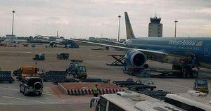 Chấn chỉnh an toàn hoạt động của các phương tiện trong khu bay