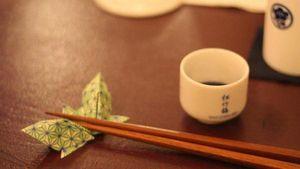 Sự thật về nguồn gốc của đôi đũa gắp thức ăn