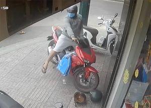 Trộm xe máy táo tợn ở Gò Vấp