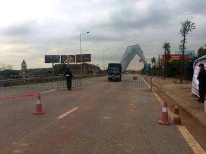 Các phương tiện tắc cứng do QL18 tại Quảng Ninh chưa mở