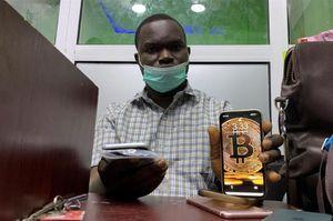 Giấc mơ làm giàu bằng Bitcoin tại châu Phi