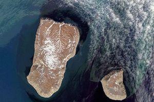 Kỳ lạ: Hai hòn đảo chênh lệch đến 21 giờ dù cách nhau gần 5km