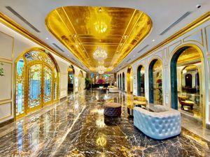 Khách sạn dát vàng lộng lẫy giữa lòng Hà Nội