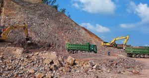 Trục lợi từ bán vật liệu làm cao tốc Bắc - Nam